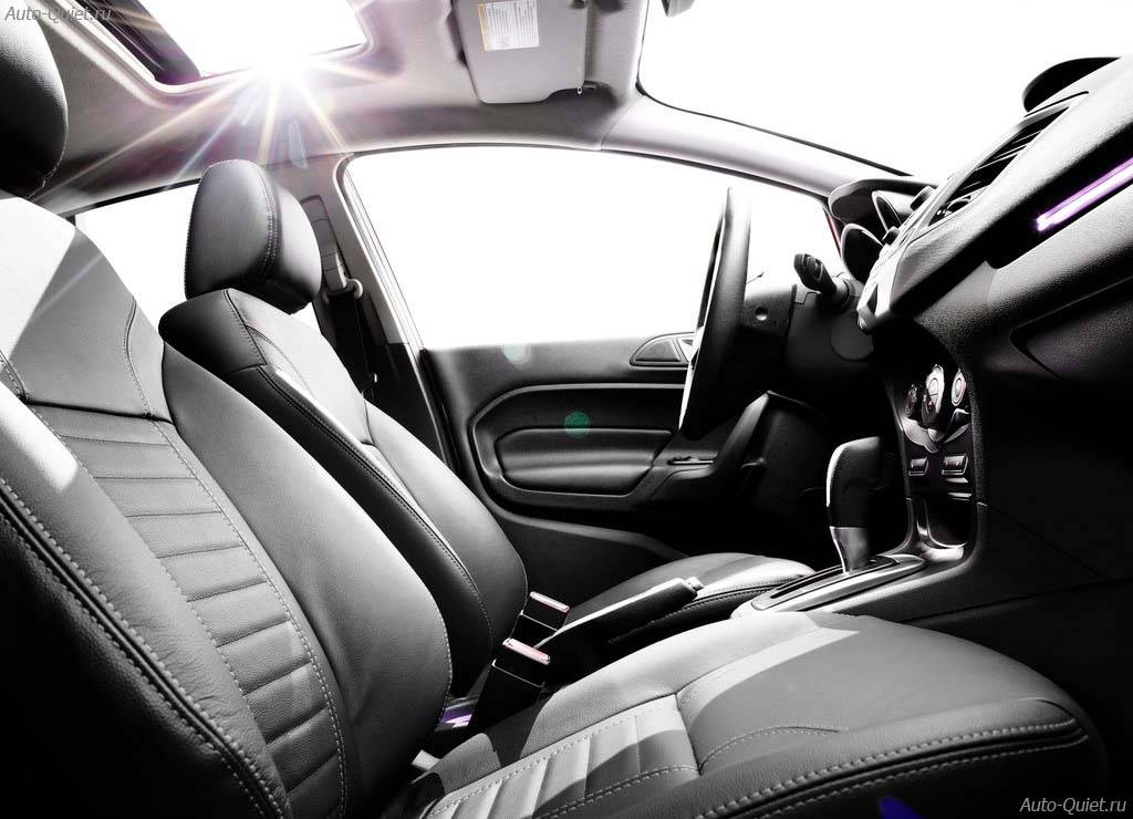 Ford_Fiesta_Sedan_2014_11