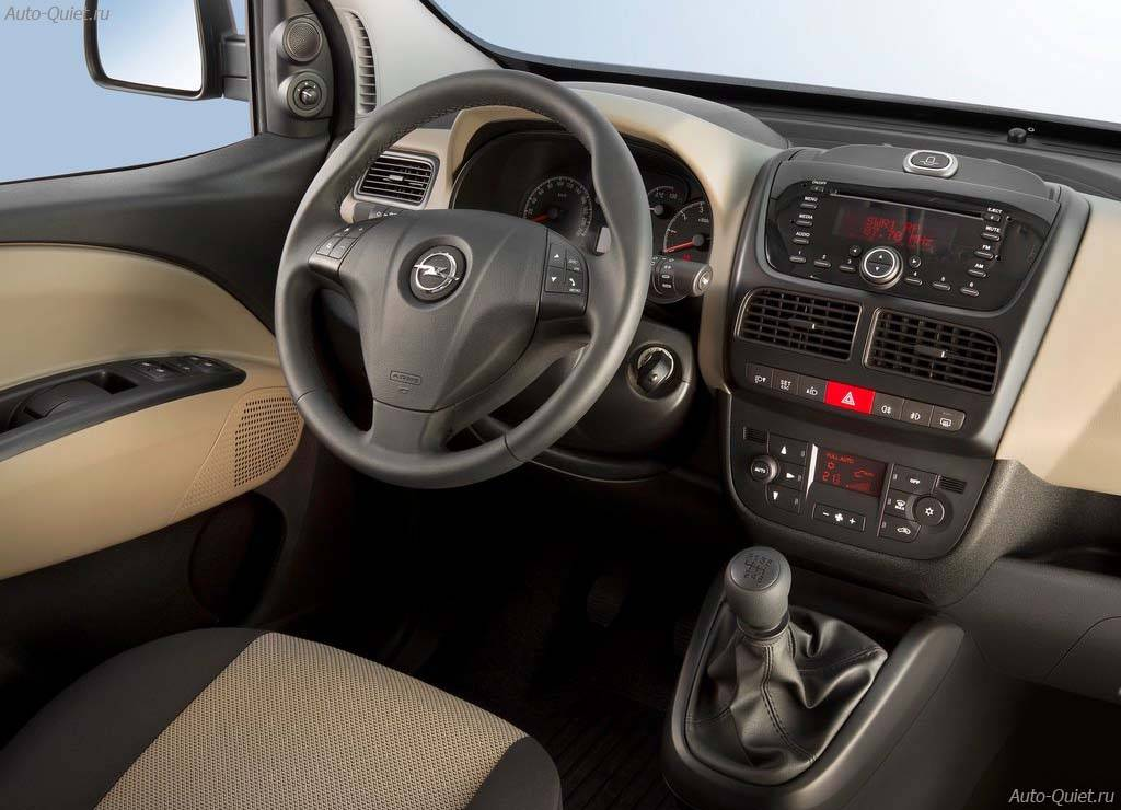 Opel_Combo_2012_10