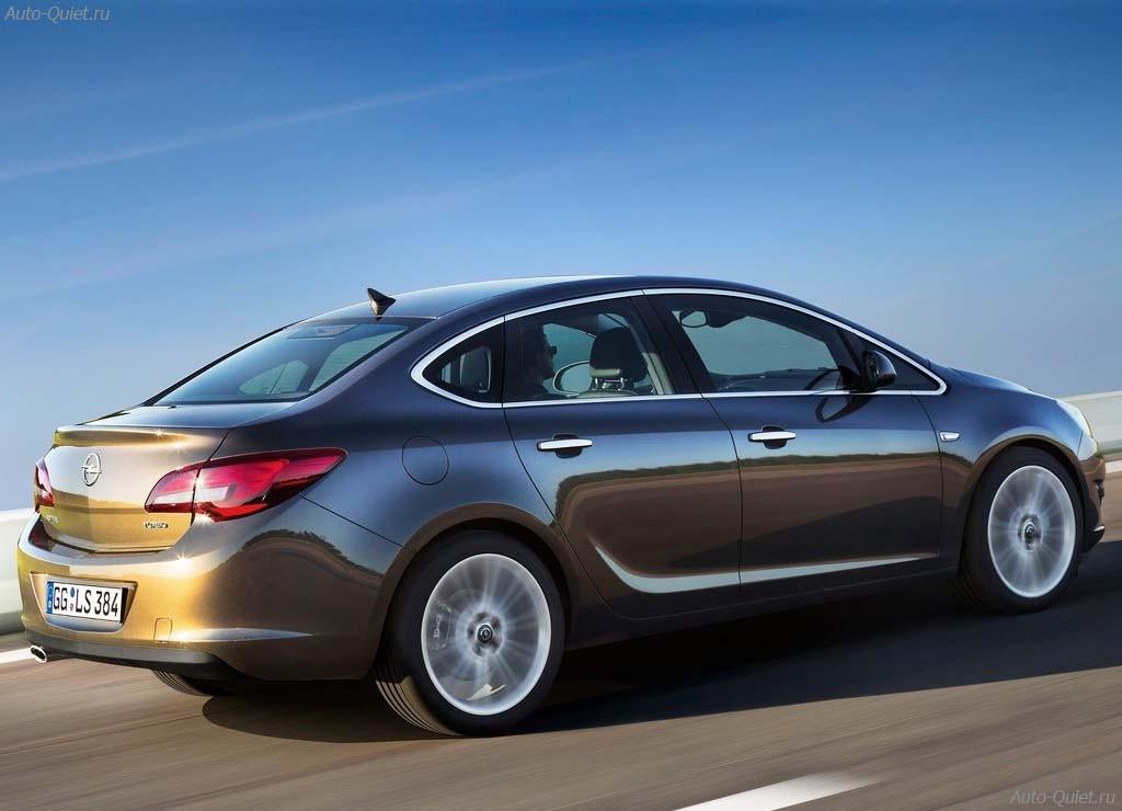 Opel_Astra_Sedan_2013_9