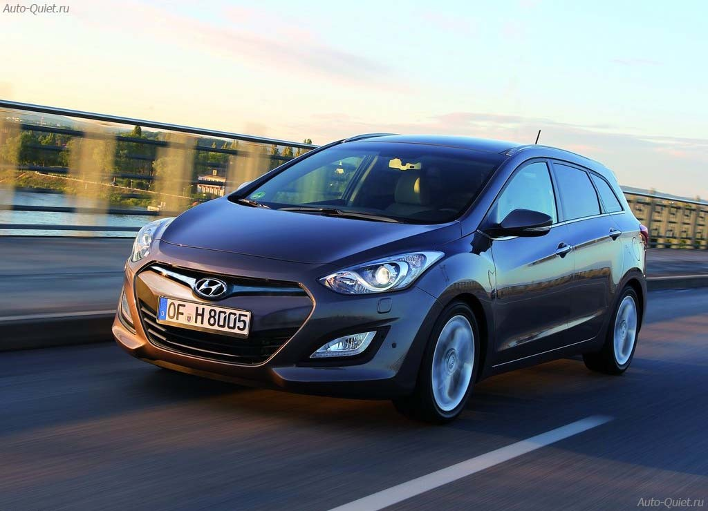 Hyundai_i30_Wagon_2013_7