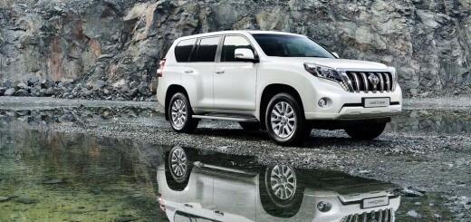 Toyota-Land-Cruiser-2014-3